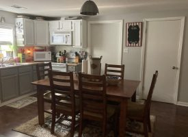 2 bed 2 bath, adorable home in Cave City, Ar, Sharp County