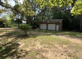 Nice Home, 3 bedroom 2 bath, fenced back yard, Highland, AR